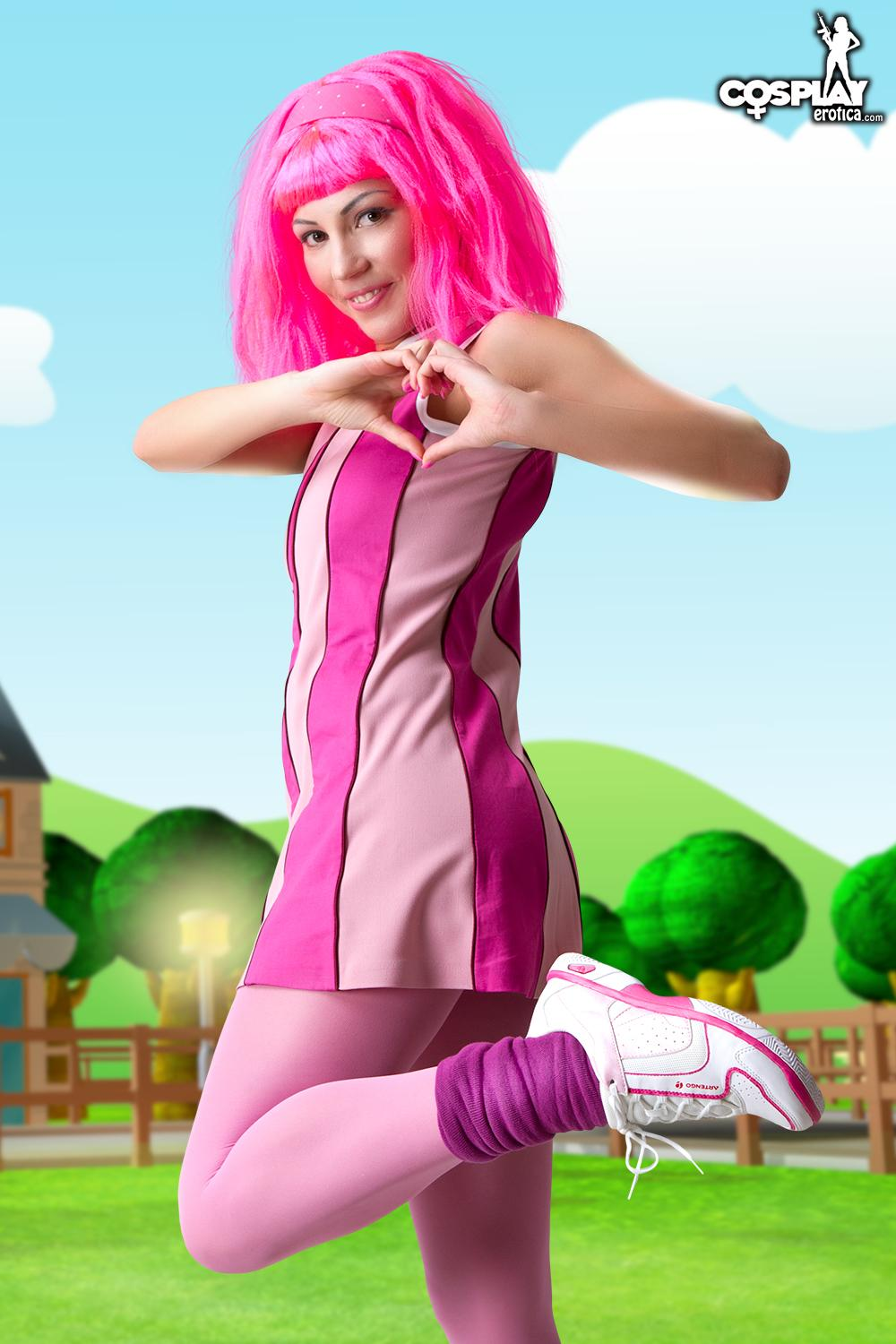 Nude stefane lazy town join